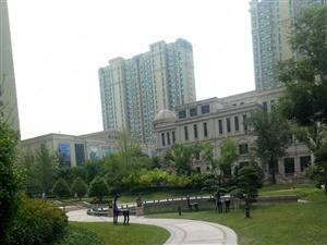 副中心大三居精装景观房,恒大绿洲5A物业,欢迎入住。