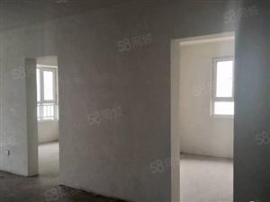 绿地国际城130平81万3室2厅2卫可贷款双阳台