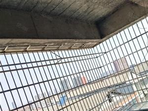 电梯高层毛坯安置房3房2厅2卫三方采光