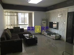 龙文人民广场锦绣一方旁长福裕景精装3房出租