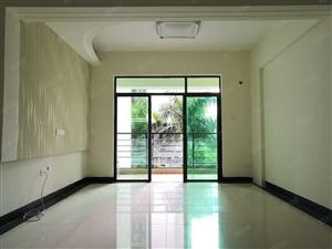 龙昆南路段,交通方便,红城湖国际广场2房2厅精装修拎包入住