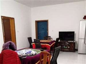 贵人亭一楼100平两室两厅一卫售35.8万