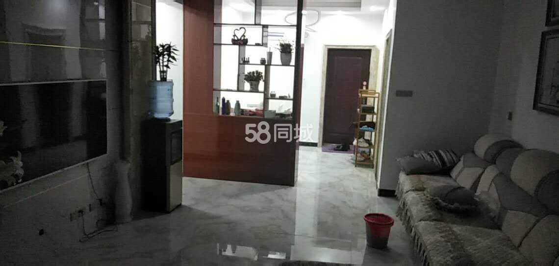 麒龙国际3室2厅2卫