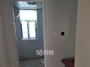 龙潭小区3室2厅1卫