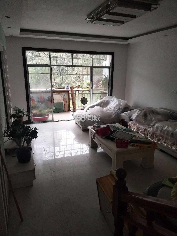 公寓大酒店3室2�d2�l