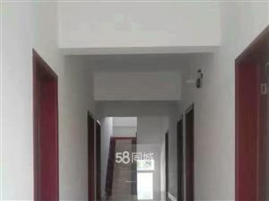 师院西区十二里河市场1室0厅1卫