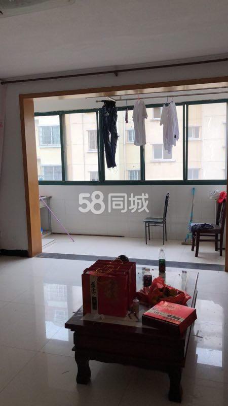江西省九江市永修县白鹤山庄3室2厅2卫