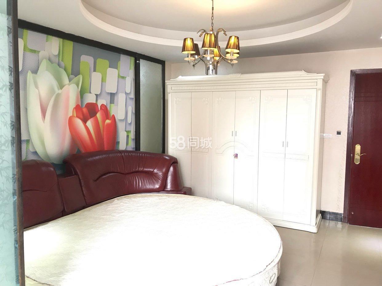 淅川皇朝�硭�1室1厅1卫