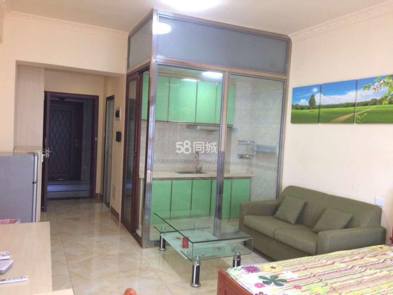 香榭丽湾1室0厅1卫