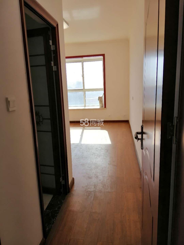 湖畔花庭2室2厅通双气2室2厅1卫