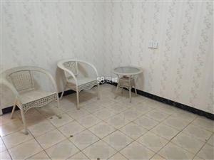 万福大市场二期8室2厅1卫