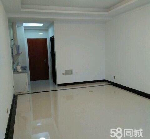 文化广场1室一厅一卫精装修办公首选1室1厅1卫
