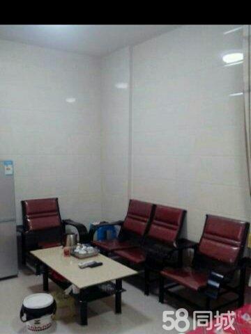 急出租水晶城电梯房小区1室1厅1卫