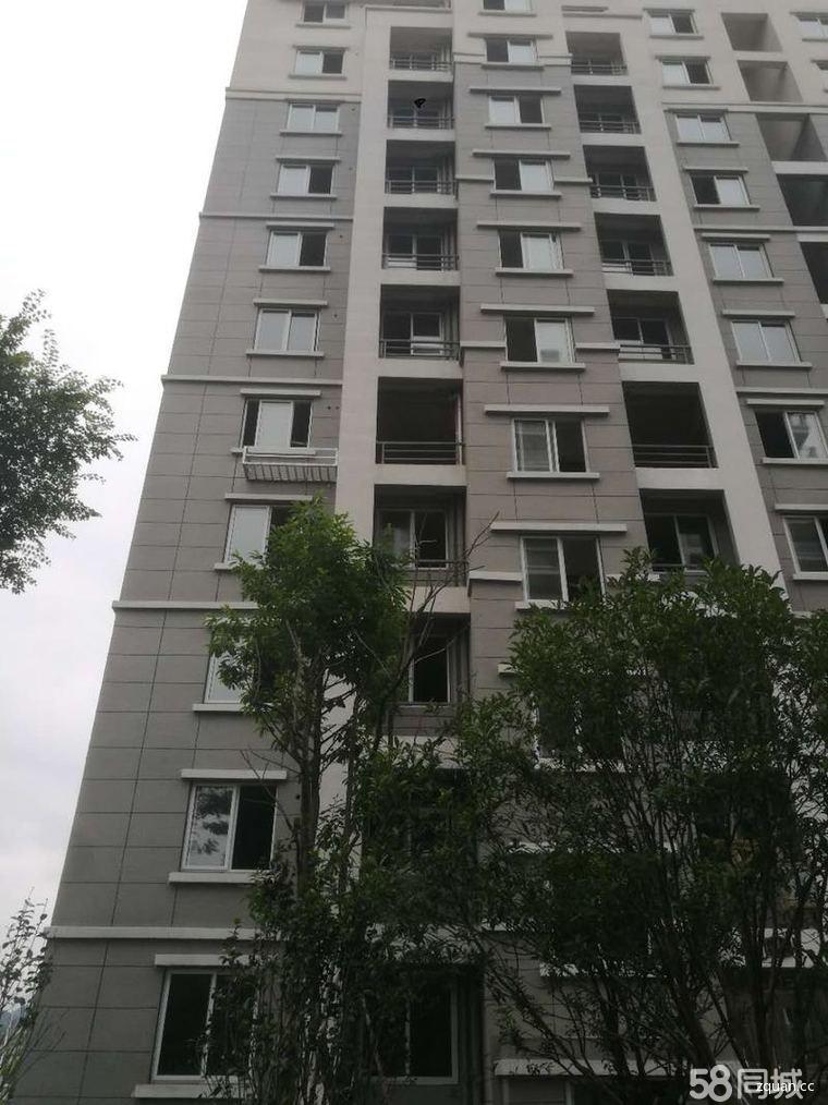 城东花园小区电梯房3室2厅2卫
