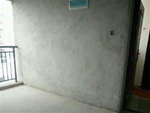 龙州小区4室2厅2卫