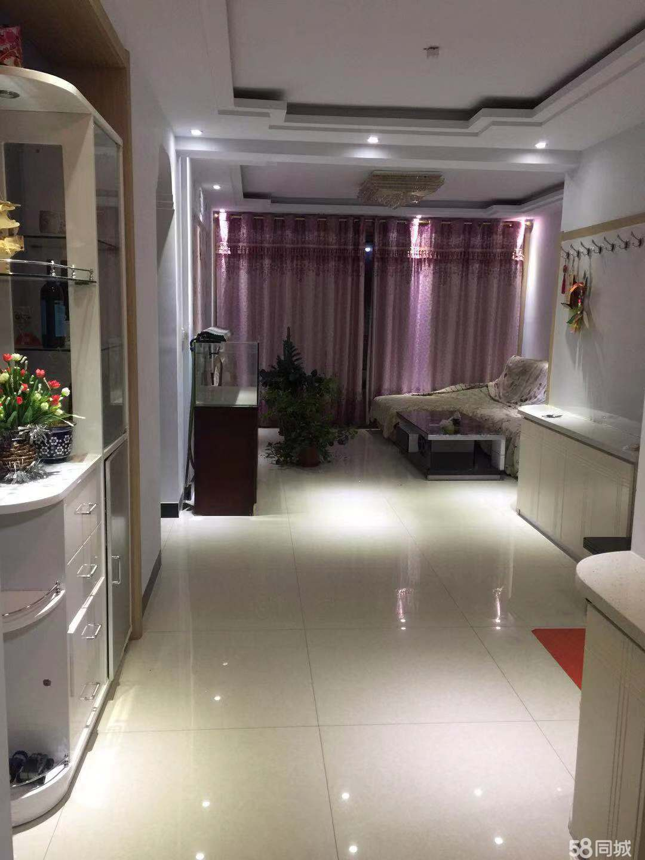 新房出售,可當婚房!鉆石樓層,采光充足,有電梯!