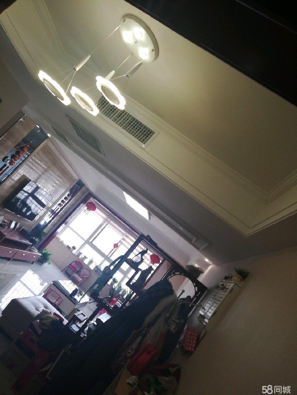 白云名邸精装修阳光小套出售3室2厅1卫