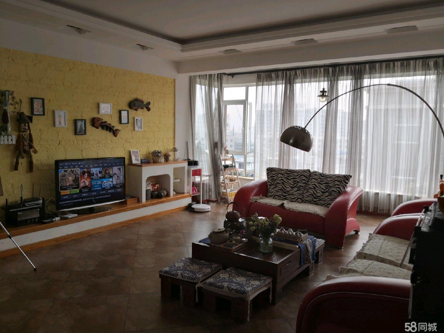 晓龙岛4室2厅2卫一阳台大平层好房出售含部分家具家电