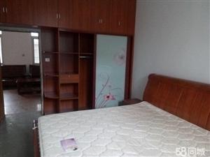 临川三小2室1卫2厅