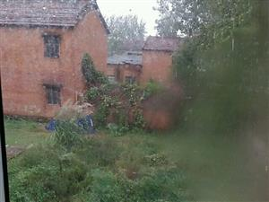 农村自建房,4室2厅2卫2厨有菜园和良田