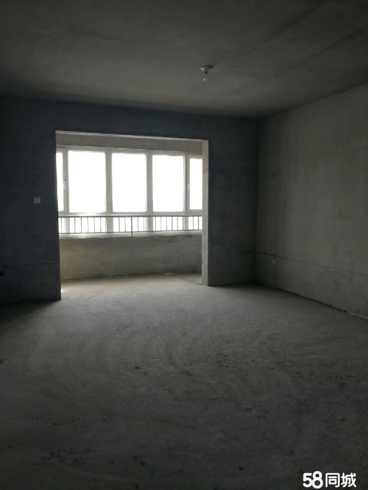 卢龙县城金御龙湾小区3室2厅2卫