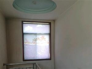 凤城新西街小二楼5室2厅1卫