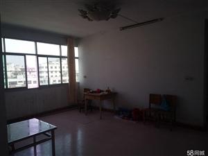 南阳路五高后门3室2厅五楼有房产证