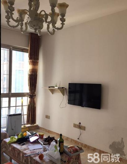 中央商务区翰林名苑1室1厅50平米精装修年付
