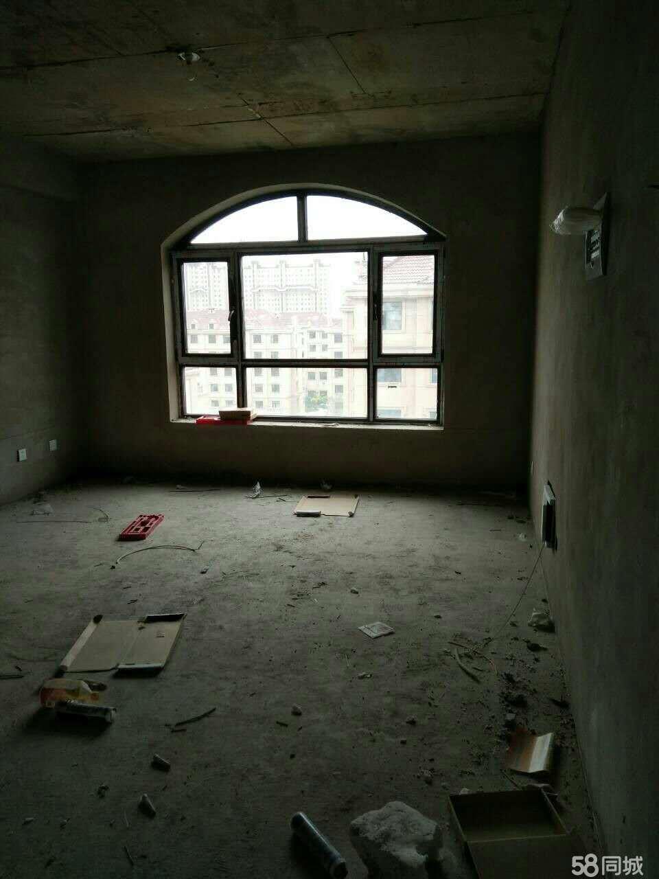 洮北现代一品3室1厅1卫170�O