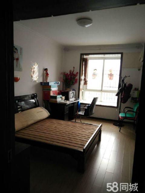二乔公园旁舒苑新村新二中三室中装低于市场价拎包入住