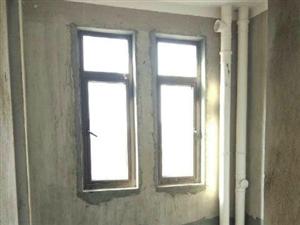 名仕家园3室2厅1卫110平米万达广场旁送阁楼