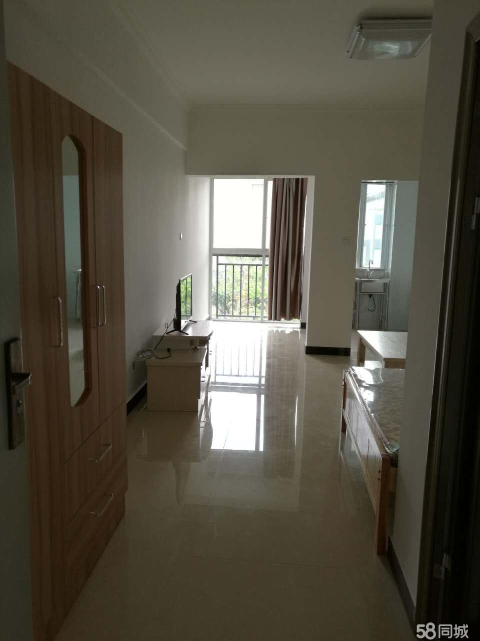 金象广场1室1厅42平米中等装修半年付(个人出租)