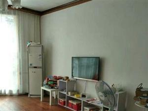 晓园新村三楼可按揭好泊车免费看房3室130m