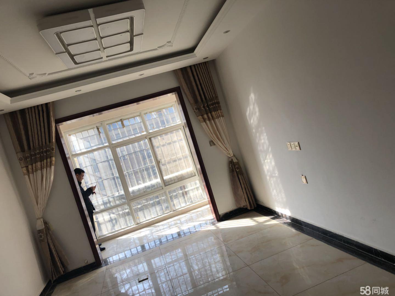 锦绣荷园社区山石王2室1厅1卫