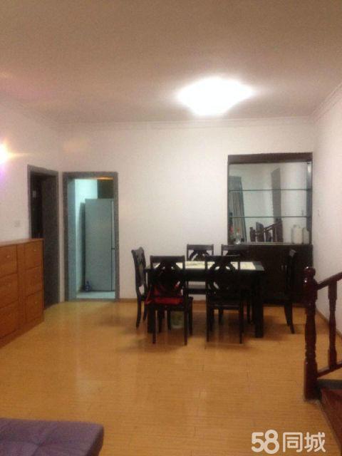 泸县农业局宿舍3室2厅145平米简单装修半年付