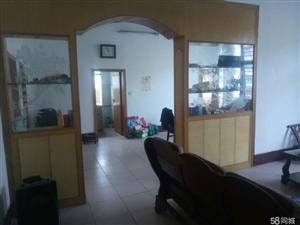 襄阳周边南漳房管所附近3室2厅1卫125.5平米