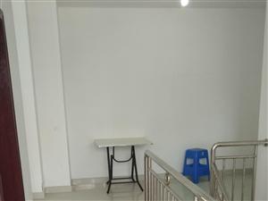 怡和嘉园万达沃尔玛中国红市场旁房东低价出租2房只要11002室1厅1卫