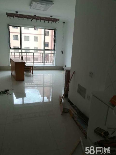 阳光水岸2室2厅96平米精装修年付,!好房出租!