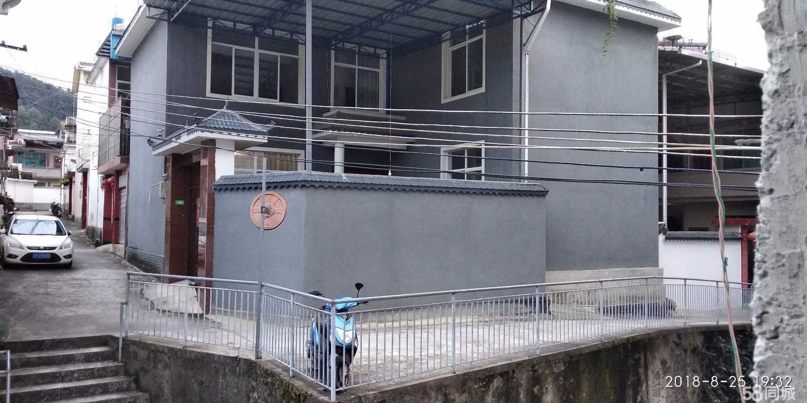 澳门网上投注网站龙华社区松山路庭院式自建房