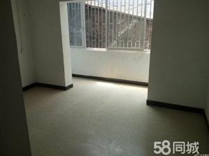纳溪胜利街4室2厅135平米精装修押一付三