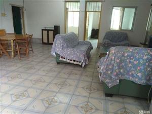 扶绥扶绥县城东三巷单位房2室2厅1卫112平米