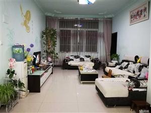 澳门赌博网址铜鼓小区3室2厅2卫118.9平米