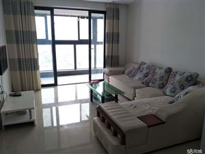 万达华城位于市中心商业圈沃尔玛对面2室2厅1卫