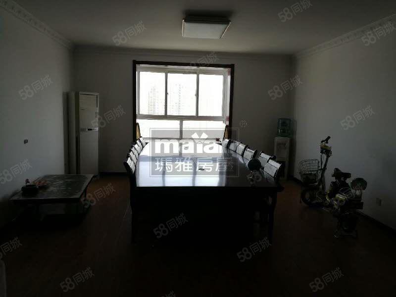 人民路,中心医院对面,满庭芳小区四室带办公家具,2500/月