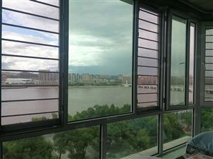 滨江花园头排望江楼12层172平方4室2厅2卫精装135万
