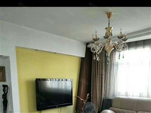 文化小区3楼90平3室,家具家电齐全1400/月可议价