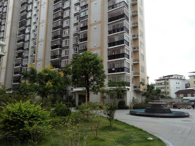 丽水鑫城3房2厅2卫售价110万