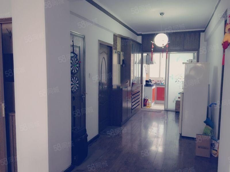 刘家堡中兴小区三室户型干净整洁原业主的婚房停车费80