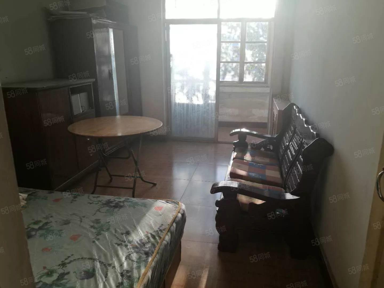 七九五点式楼2室双气便宜出售