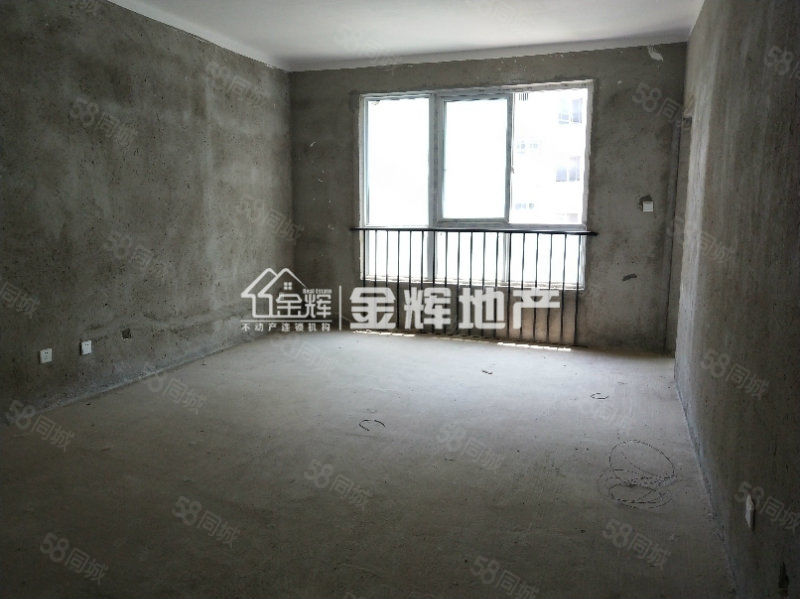 香榭丽舍社153平大四居有证仅售75万